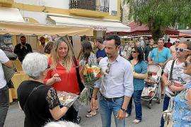 Rafa Ruiz promete un ascensor para unir sa Tarongeta con la plaza del Sol