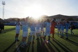 El partido entre la UD Ibiza y el Atlético Malagueño, en imágenes .