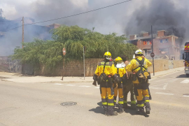 """José Antonio López, cabo de los Bomberos: """"Hay muchísima temperatura en el edificio y es de difícil acceso"""""""