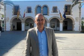 Vicent Marí: «La dispersión del voto de centro derecha hará que gobiernen PSOE y Podemos»