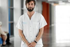 Enrique Adán Torres: «Si pudiera retroceder veinte años estudiaría Medicina»