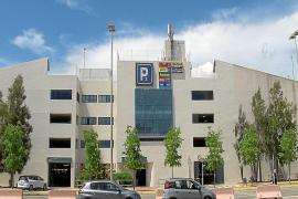 En estado crítico un famoso jugador de rugby que se precipitó en el aeropuerto de Ibiza