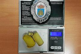 Detenido el italiano que transportaba dos bolas con 19 gramos de cocaína en su estómago