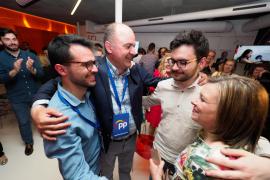 Vicent Marí recupera el Consell d'Eivissa para el Partido Popular