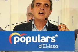 José Vicente Marí Bosó, valorando los resultados.