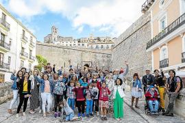 'El Descanso del Guerrero' trae a Ibiza a una docena de familias con niños hospitalizados