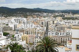 El Consell d'Eivissa confirma con un estudio que la vivienda es el principal problema social