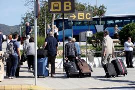 Las pernoctaciones en apartamentos turísticos de Baleares caen un 13 % en abril