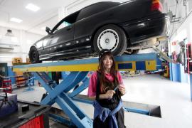 Una japonesa es la única alumna de Electromecánica del IES Isidor Macabich