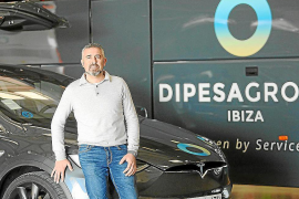 La patronal del transporte discrecional denuncia la «inoperancia» del Consell d'Eivissa
