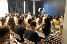 Trabajadores de Ibiza acogen de forma «positiva» las charlas sobre el código de buenas prácticas