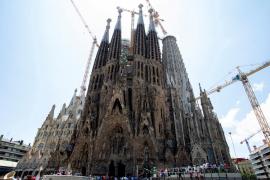 Barcelona regulariza las obras del templo de la Sagrada Familia tras 137 años