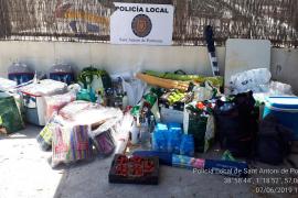 La Policía Local de Sant Antoni denuncia a cinco personas por venta ambulante
