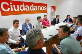 """Ciudadanos se ofrece al PSOE """"para llegar a acuerdos sensatos"""" y """"dar estabilidad"""" a Vila"""