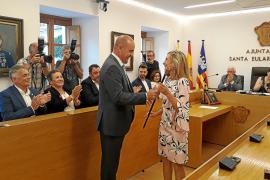 Carmen Ferrer se convierte en la primera alcaldesa de Santa Eulària