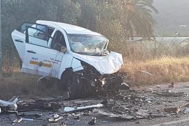 Tres heridos en un accidente de tráfico en la carretera de Santa Eulària