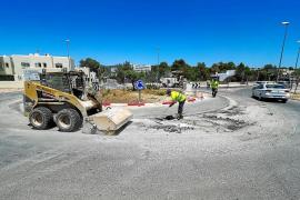 Retenciones de más de 30 minutos y un carril cortado en la avenida de Sant Agustí