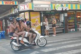 Temeridad sobre dos ruedas en Sant Antoni