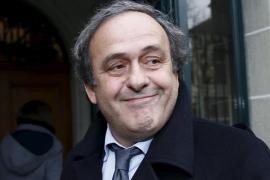 Platini queda en libertad y asegura que no entiende su papel «en esta historia»