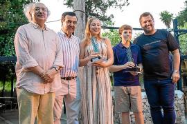 Premios literarios y nueva revista en Las Dalias
