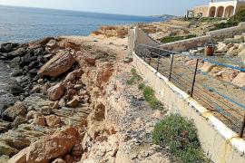 Denuncian que «se ha privatizado ilegalmente» un kilómetro de costa en Platges de Comte