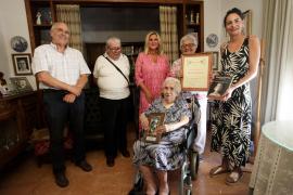 Doña Margarita cumple 101 rodeada de los suyos