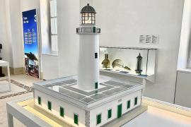 El museo del faro de la Mola celebra su apertura con visitas gratuitas