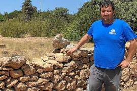 Denuncian múltiples robos de losas de piedra seca en la isla de Formentera