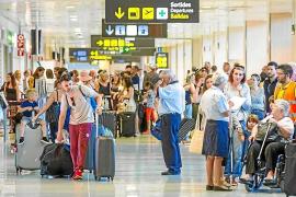 El aeropuerto de Ibiza no habilita el control separado para vuelos interislas