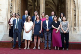 Armengol marca el rumbo al Govern y proclama su «lealtad infinita a Balears»