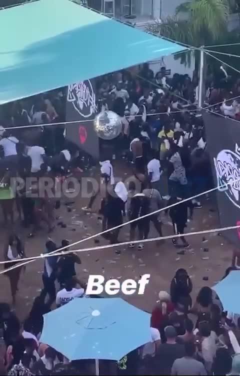 Multitudinaria pelea en un hotel de Sant Antoni
