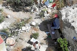 Vecinos de Dalt Vila denuncian la presencia de un grupo de okupas en una propiedad