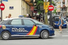 Piden cinco años de prisión para un hombre que escondió 33 dosis de 'coca' en una jardinera de Vila