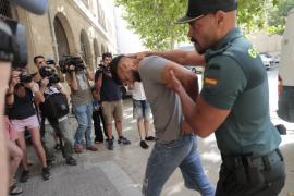 Los detenidos por la violación grupal en Mallorca, ante el juez
