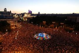 La Delegación de Gobierno cifra en 400.000 los asistentes a la marcha del Orgullo en Madrid