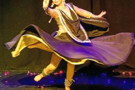 Un espectáculo digno de Bollywood en el Centro Cultural de Jesús