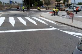 Obras de mejora en el acceso al aparcamiento de Cas Dominguets