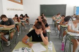 Más de un centenar de estudiantes en la convocatoria extraordinaria de selectividad