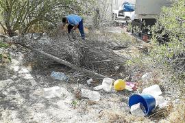 La Policía Local desmantela varios asentamientos en Ca n'Escandell