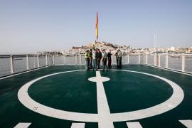 La presentación del buque oceánico de la Guardia Civil 'Río Segura', en imágenes (Fotos: Arguiñe Escandón).