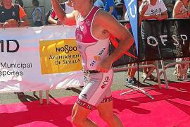 Andoni Valencia, bronce en la categoría de veteranos del Acuatlón de Triana