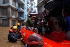 Asciende a 65 el número de muertos a causa de las inundaciones provocadas por el monzón en Nepal