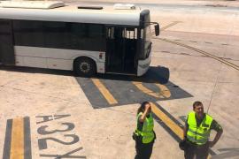Un grupo de escoceses siembra el caos en un vuelo con destino a Ibiza