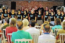 Ramón Escalé hizo vibrar este fin de semana a los miembros de la banda Ibiza Gospel Experience