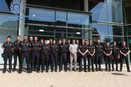 La comisaría de Ibiza presenta a 18 policías en prácticas y cuenta con otros 60 de refuerzos