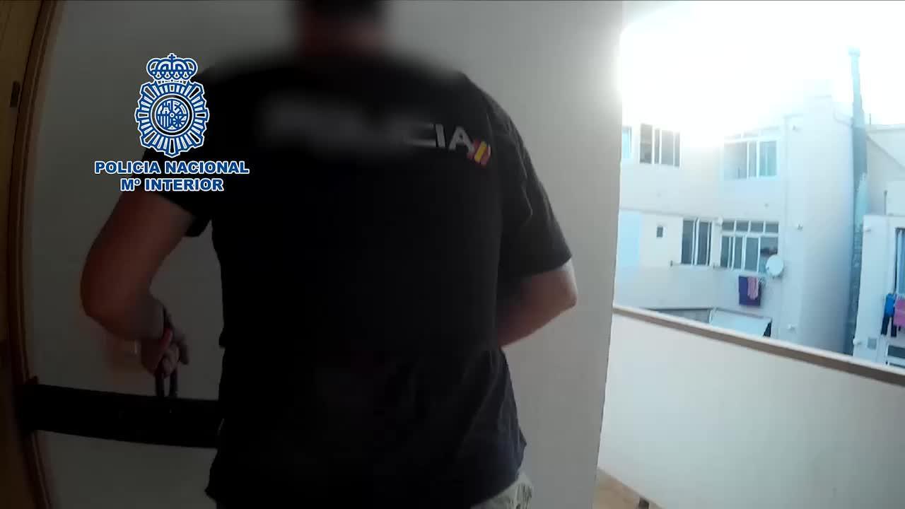 La Policía Nacional detiene a ocho personas y desmantela tres puntos de venta de drogas en Ibiza