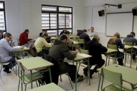 Menos de la mitad de los examinados supera las pruebas escritas de catalán