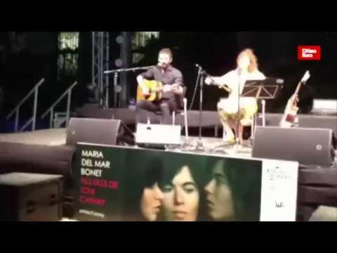 La mirada 'enamorada' de Catany a Maria del Mar Bonet, en Barcelona
