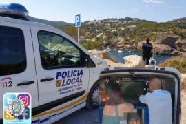 La Policía Local de Sant Josep controla los fondeos con un dron