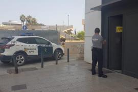 Detenido un italiano por realizar un 'simpa' de 416 euros en mariscos y vino en Formentera